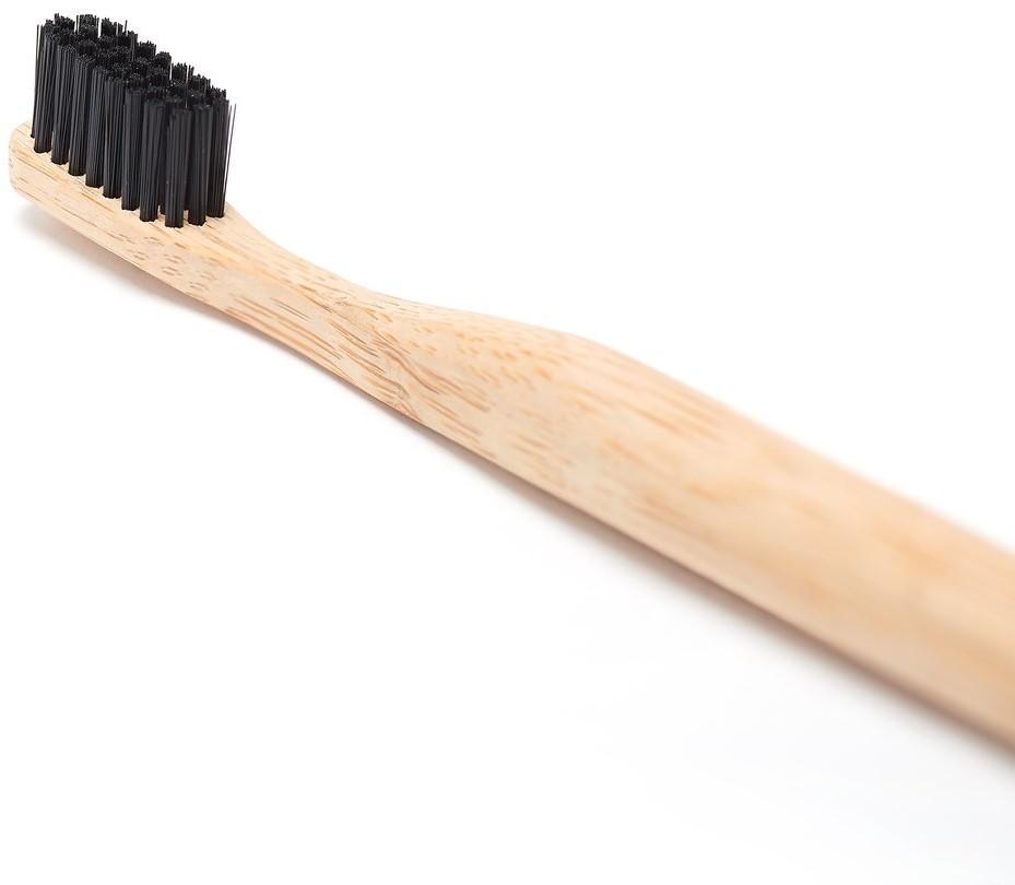 Georganics Georganics, bambusowa szczoteczka do zębów z aktywnym węglem miękka, 1 szt.