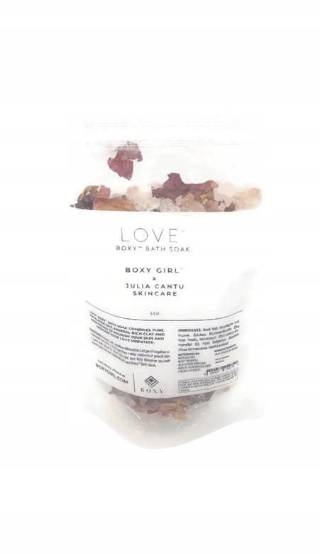 Sól do kąpieli z płatkami róży Love Boxy Bath Soak